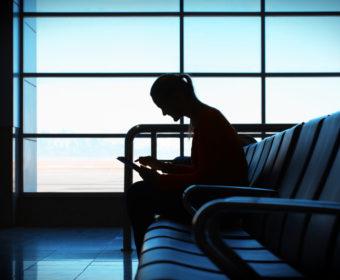 Klausuren    So geht studieren heute: Klausuren schreiben vom Sofa aus. Foto: ©greycoast/photocase.com